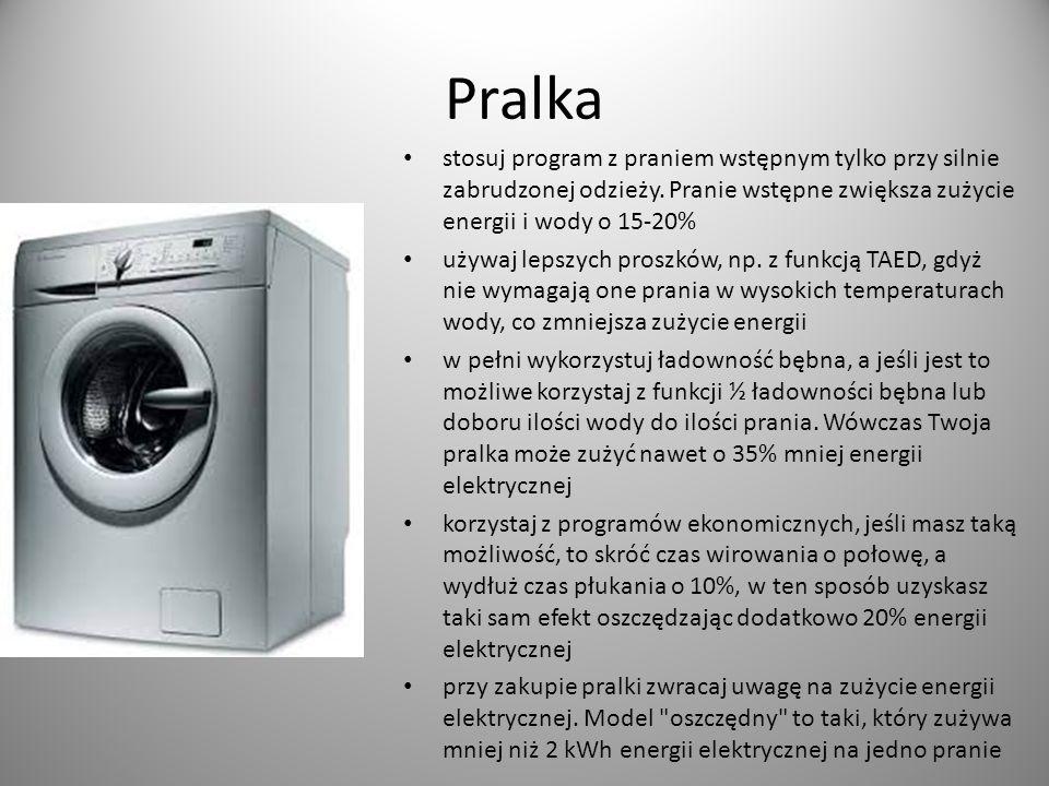 Pralka stosuj program z praniem wstępnym tylko przy silnie zabrudzonej odzieży. Pranie wstępne zwiększa zużycie energii i wody o 15-20%