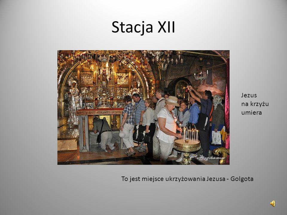 Stacja XII Jezus na krzyżu umiera