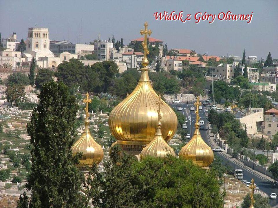 Widok z Góry Oliwnej Kopuły cerkwi Marii Magdaleny i miasta z Góry Oliwnej