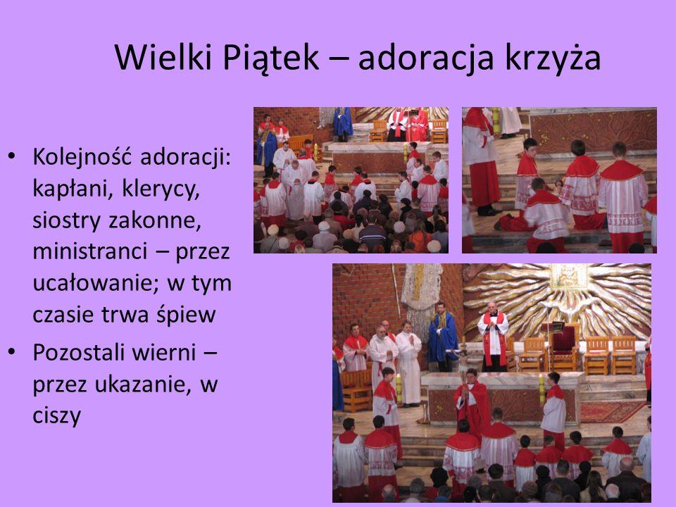 Wielki Piątek – adoracja krzyża