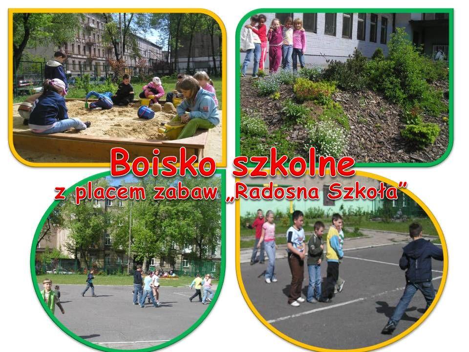 """z placem zabaw """"Radosna Szkoła"""