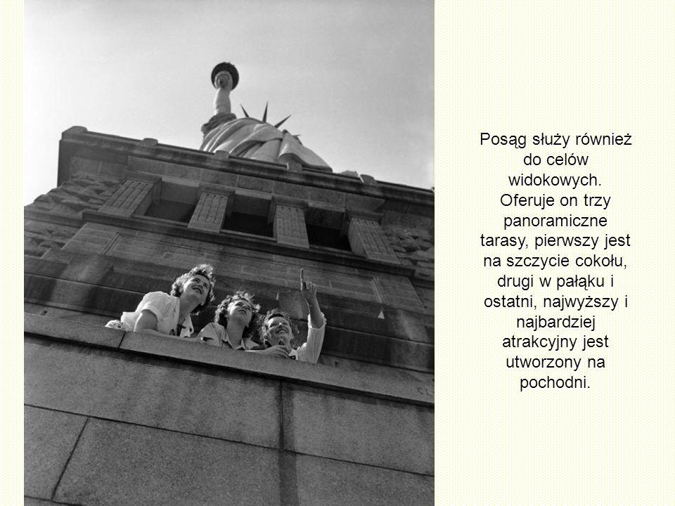 Posąg służy również do celów widokowych