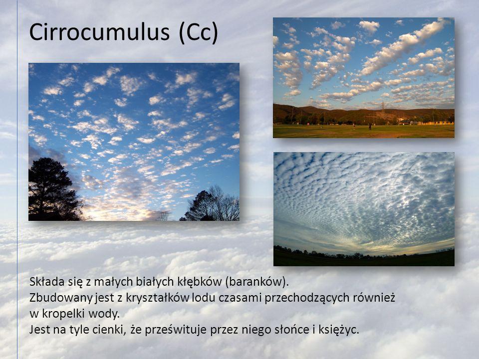 Cirrocumulus (Cc) Składa się z małych białych kłębków (baranków).