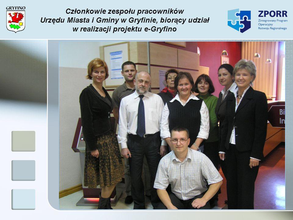 Członkowie zespołu pracowników Urzędu Miasta i Gminy w Gryfinie, biorący udział w realizacji projektu e-Gryfino