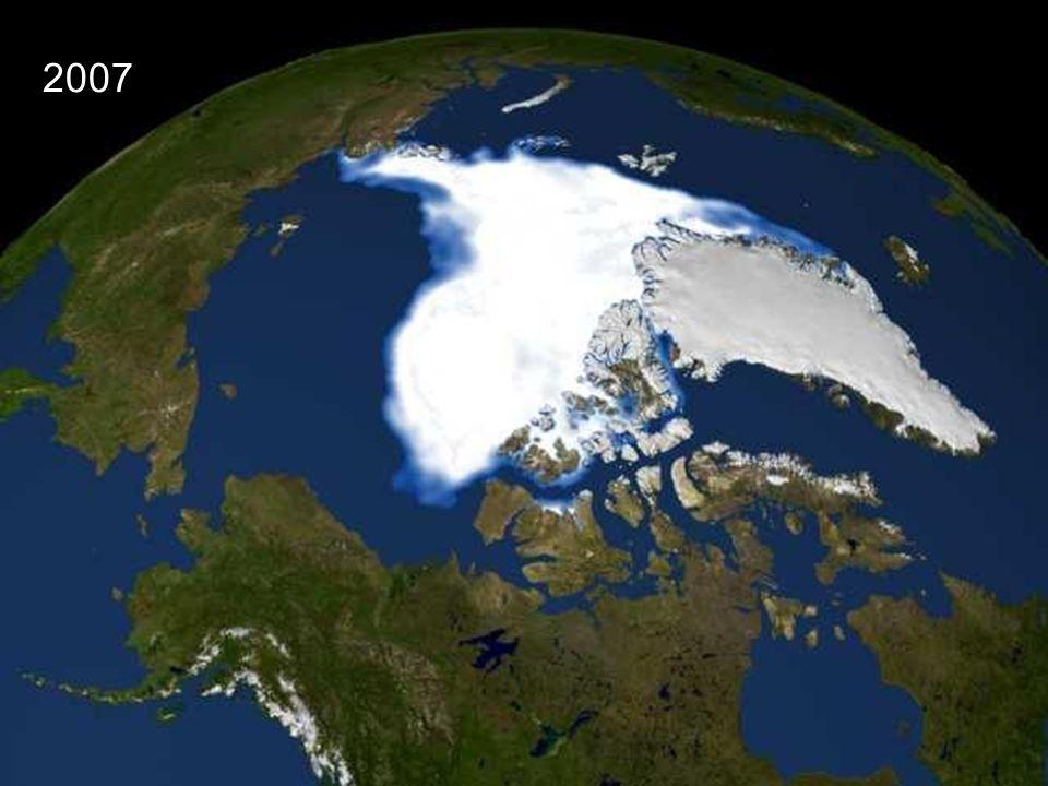 2007 A tak wyglądał morski lód arktyczny niecałe 30 lat później w 2007 roku.