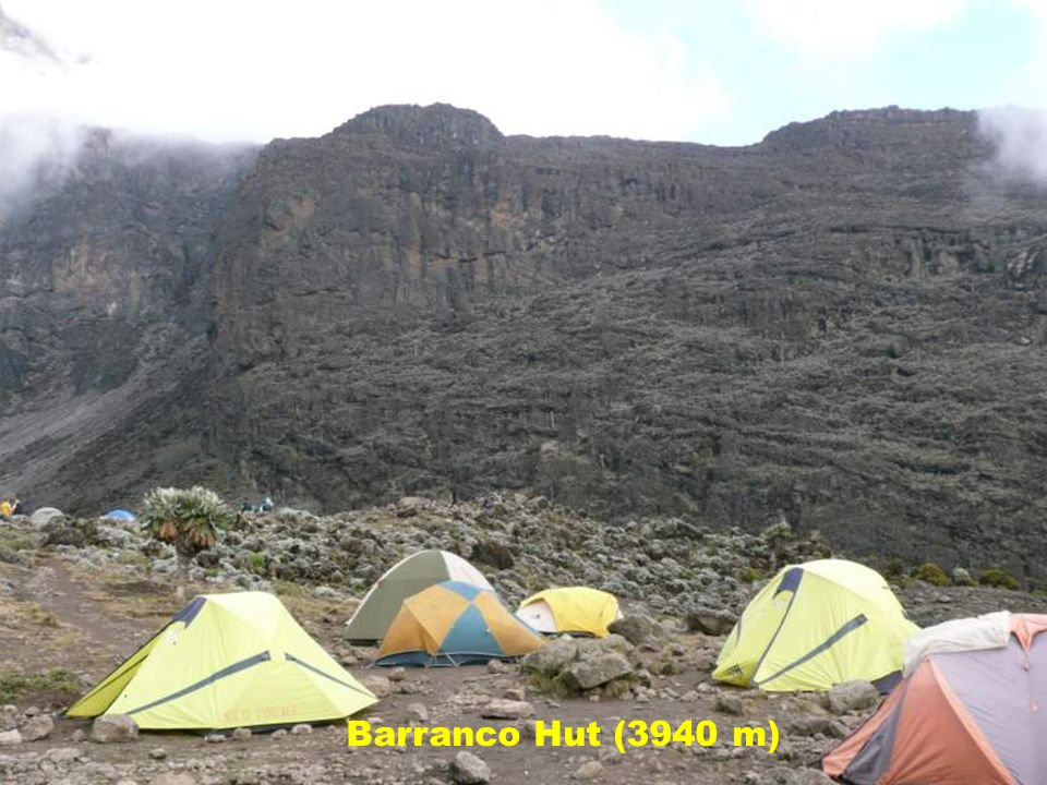 Barranco Hut (3940 m)