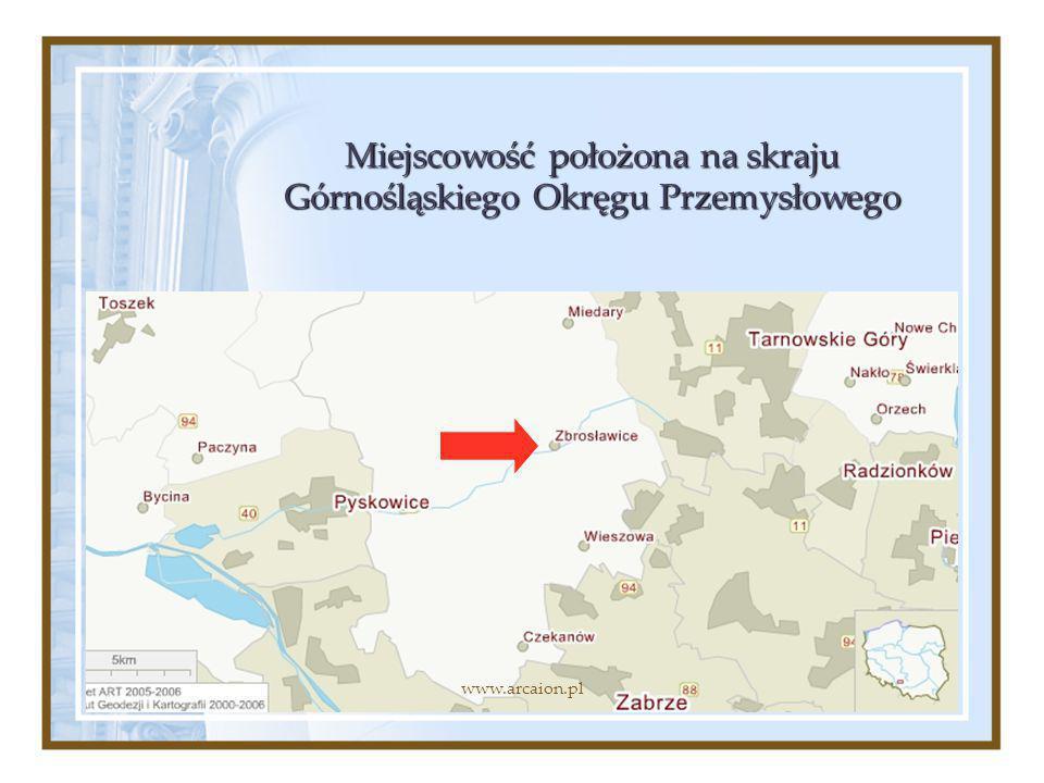 Miejscowość położona na skraju Górnośląskiego Okręgu Przemysłowego