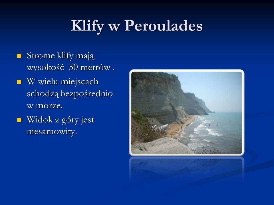 Klify w Peroulades Strome klify mają wysokość 50 metrów .