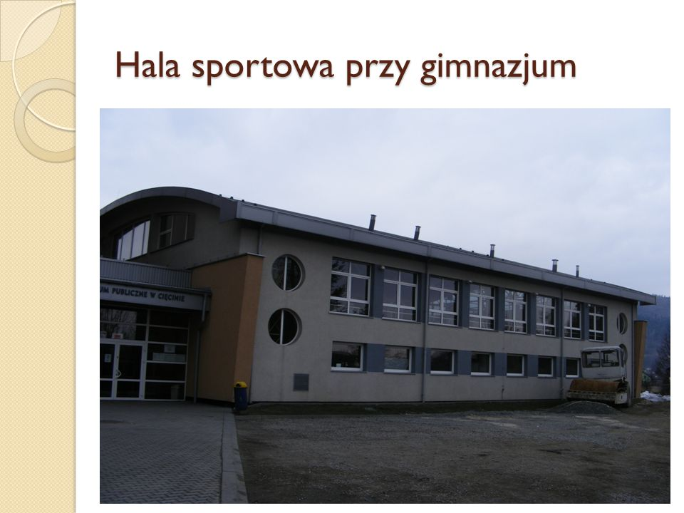 Hala sportowa przy gimnazjum