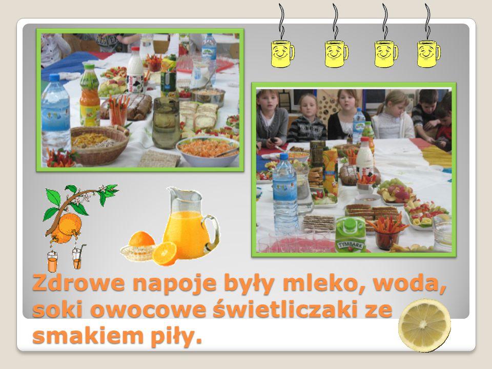 Zdrowe napoje były mleko, woda, soki owocowe świetliczaki ze smakiem piły.