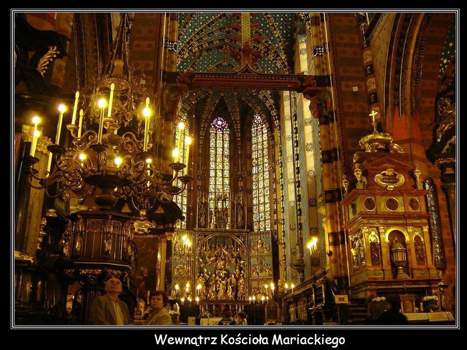 Wewnątrz Kościoła Mariackiego