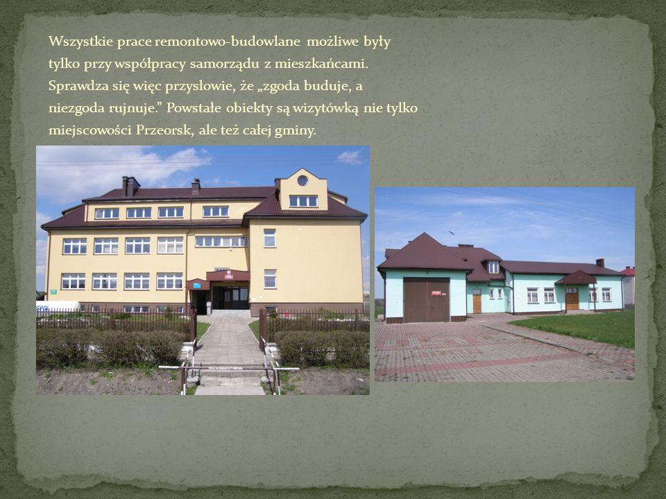 Wszystkie prace remontowo-budowlane możliwe były tylko przy współpracy samorządu z mieszkańcami.