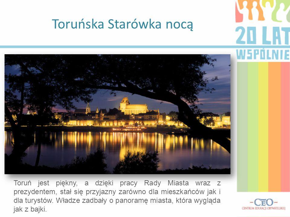 Toruńska Starówka nocą
