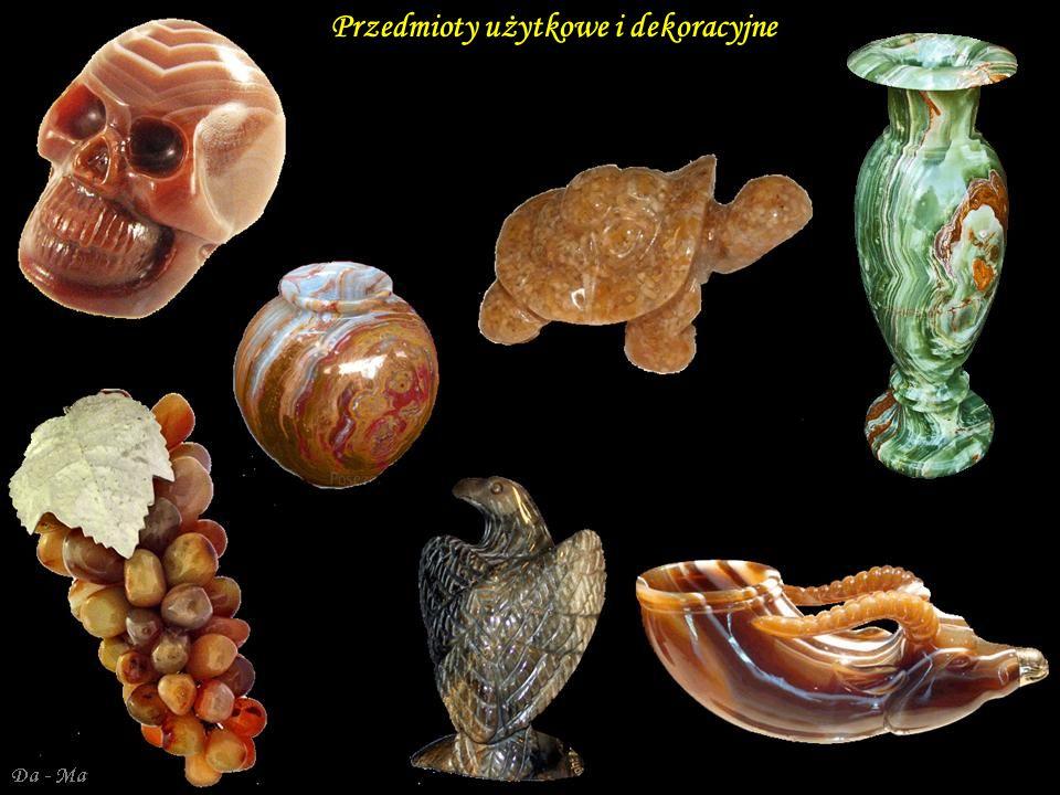 Przedmioty użytkowe i dekoracyjne
