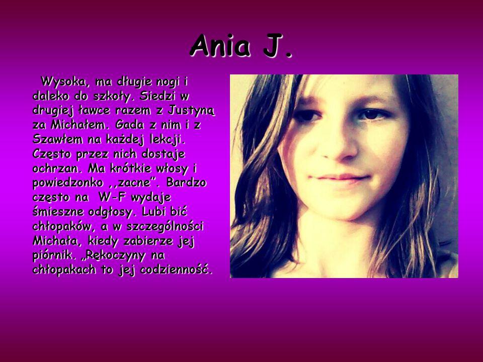 Ania J.