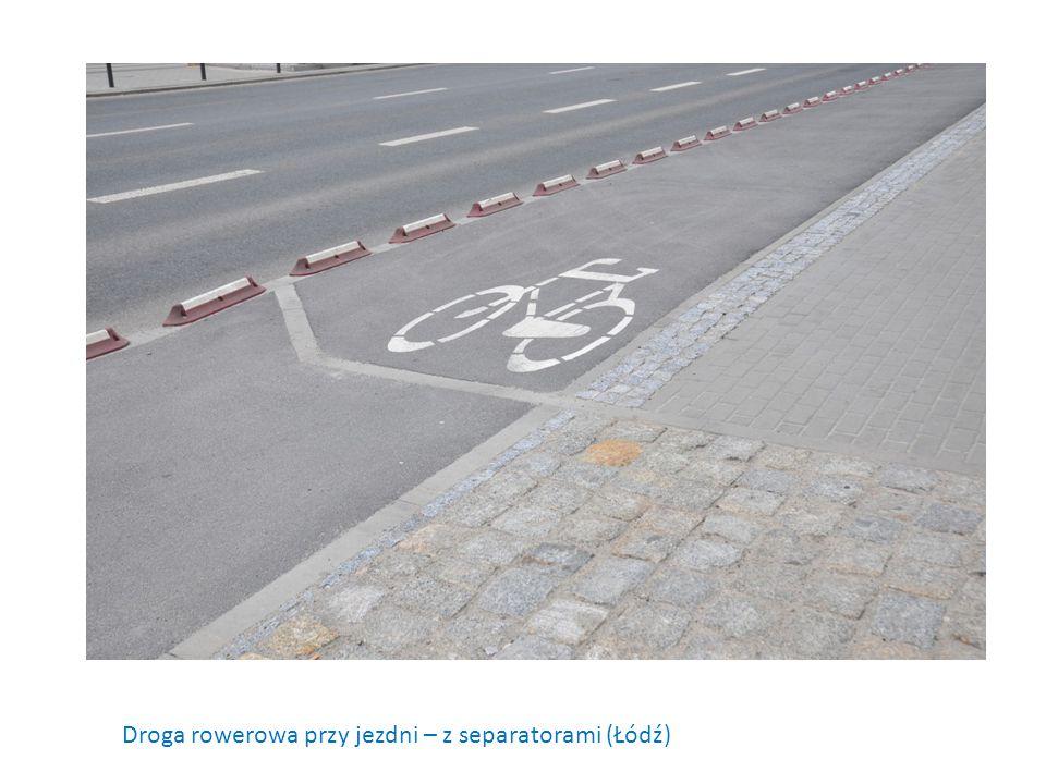 Droga rowerowa przy jezdni – z separatorami (Łódź)