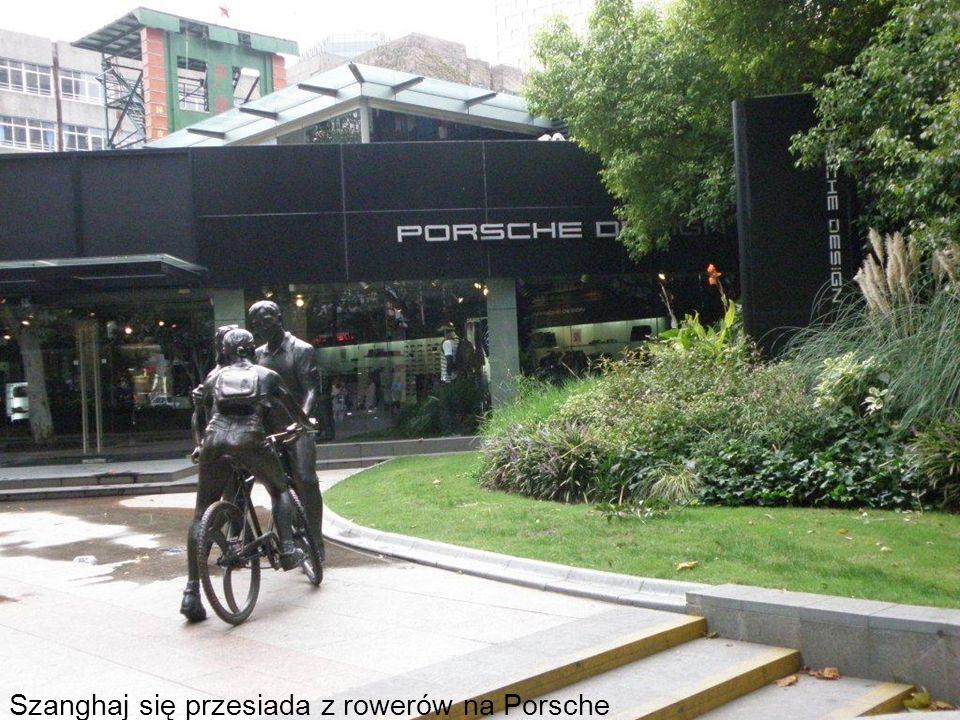 Szanghaj się przesiada z rowerów na Porsche