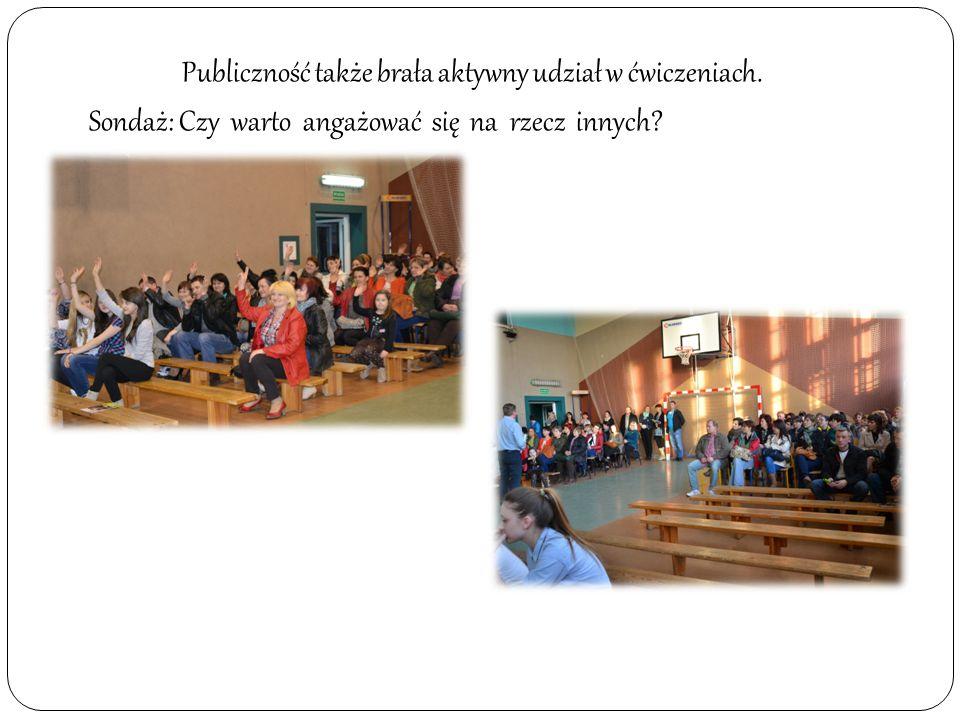 Publiczność także brała aktywny udział w ćwiczeniach