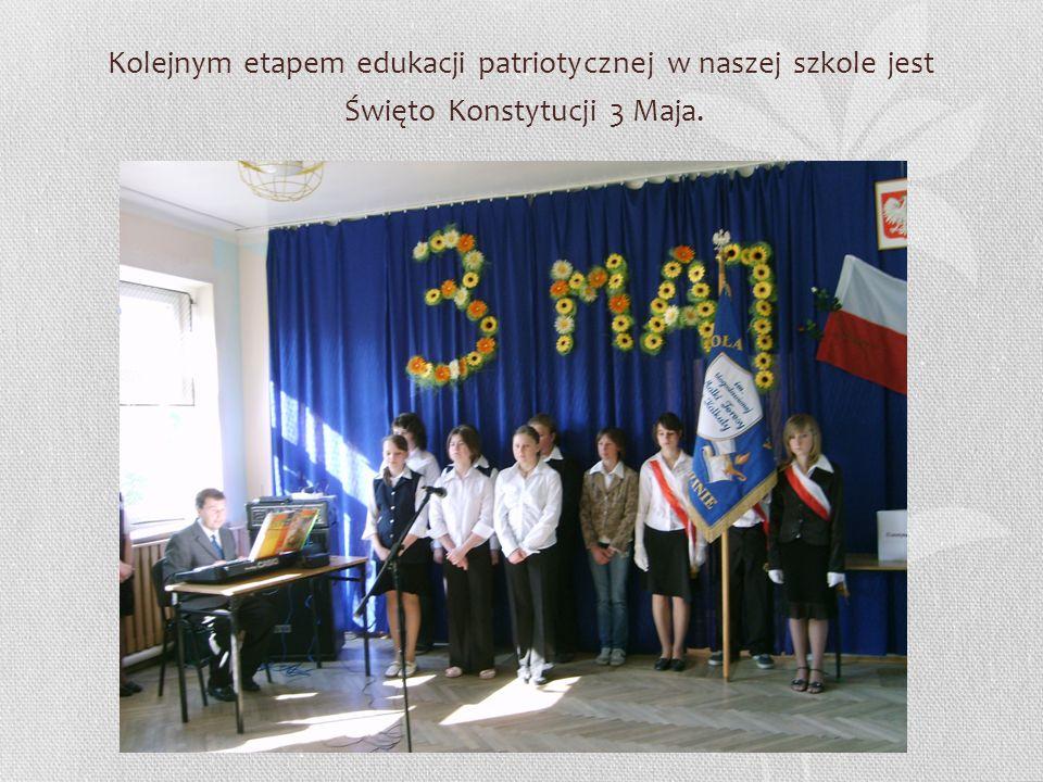 Kolejnym etapem edukacji patriotycznej w naszej szkole jest Święto Konstytucji 3 Maja.