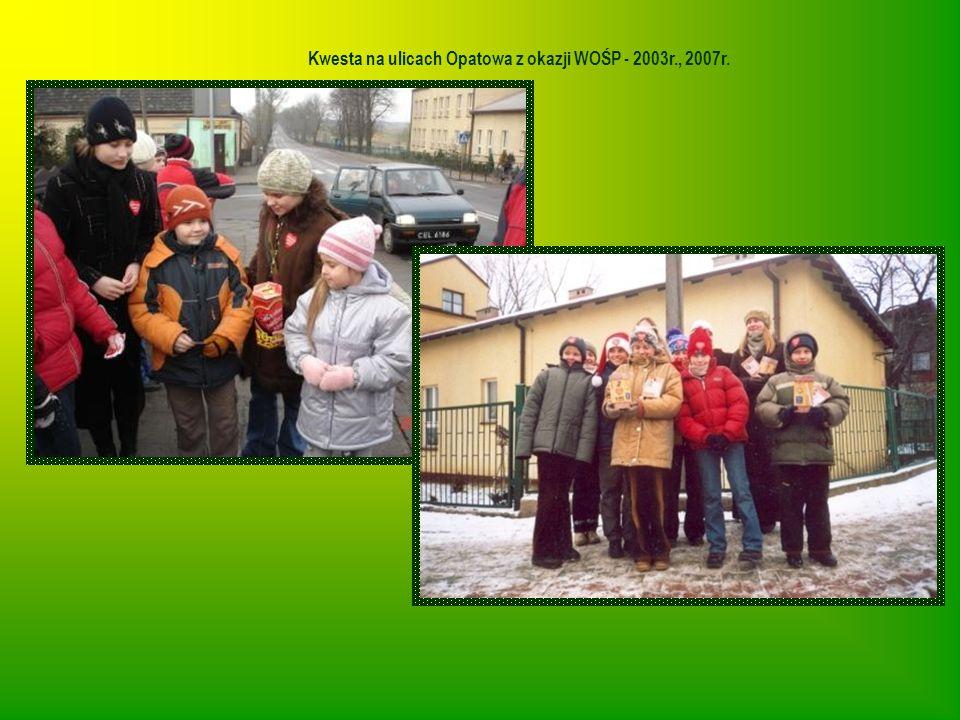 Kwesta na ulicach Opatowa z okazji WOŚP - 2003r., 2007r.