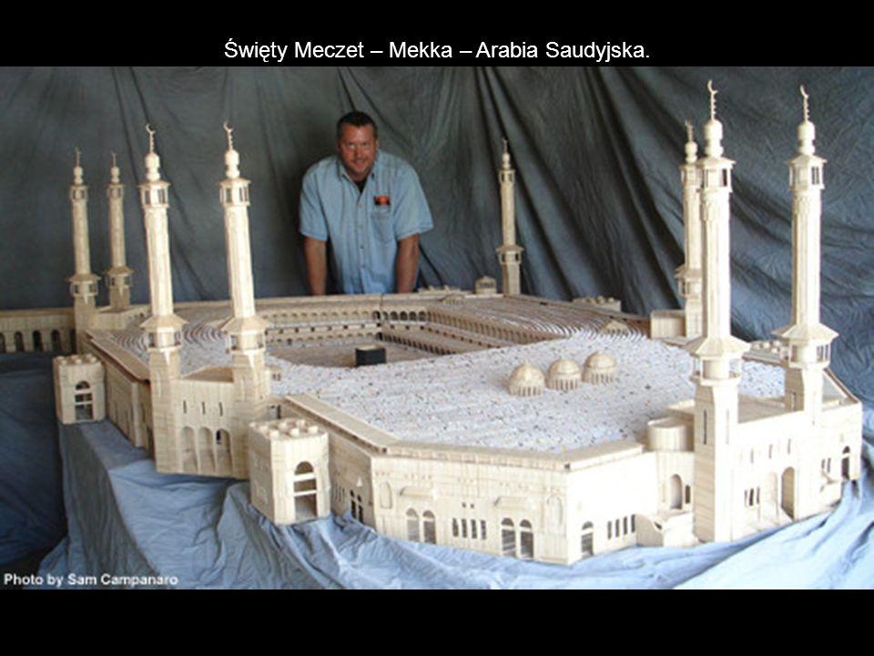 Święty Meczet – Mekka – Arabia Saudyjska.