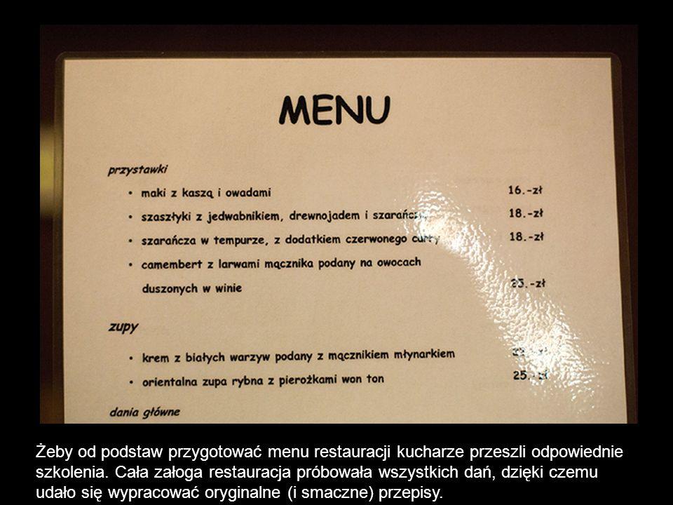 Żeby od podstaw przygotować menu restauracji kucharze przeszli odpowiednie