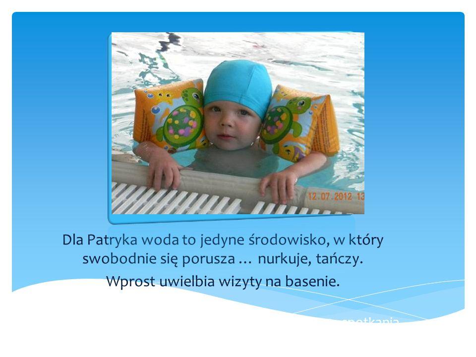 Wprost uwielbia wizyty na basenie.