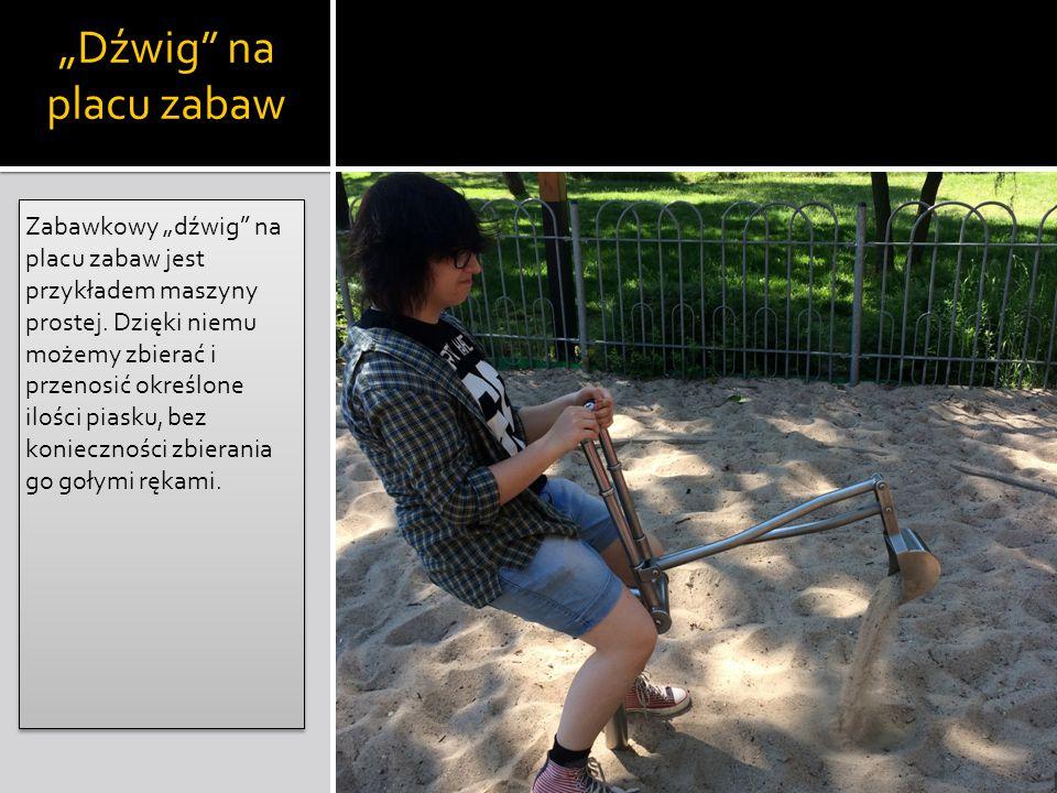"""Dźwig na placu zabaw"