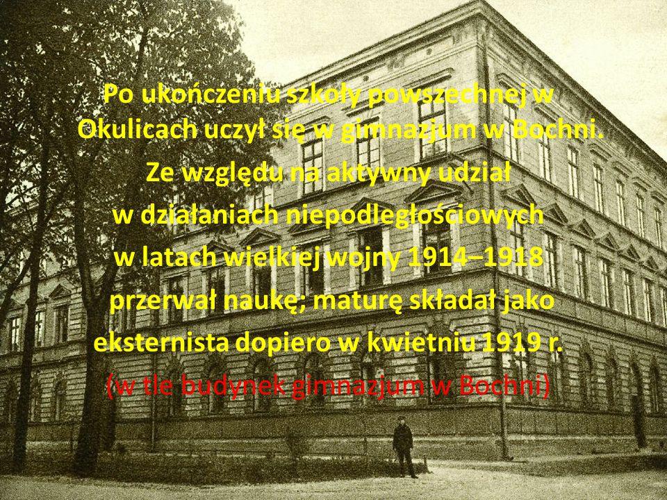 Po ukończeniu szkoły powszechnej w Okulicach uczył się w gimnazjum w Bochni.