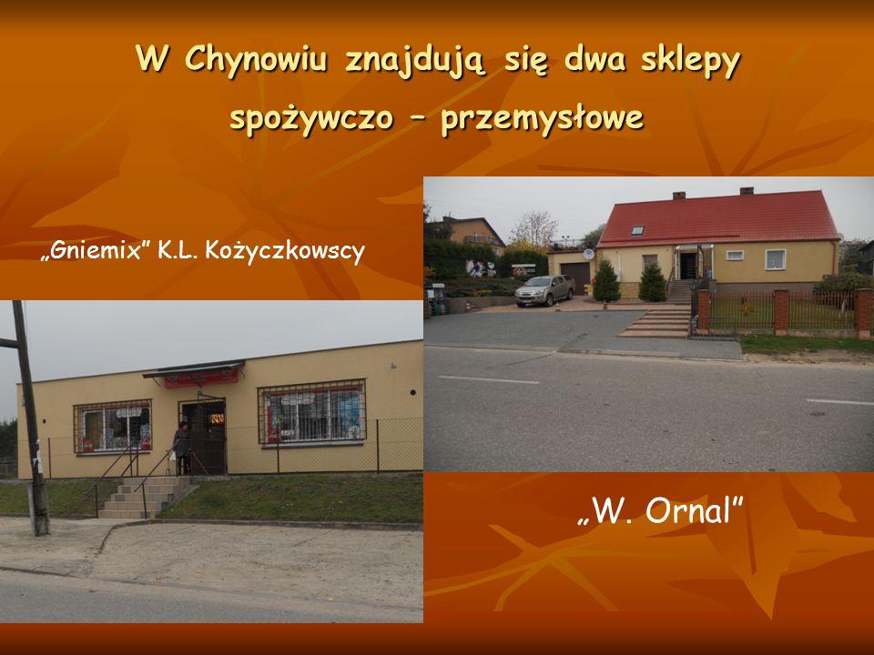 W Chynowiu znajdują się dwa sklepy spożywczo – przemysłowe