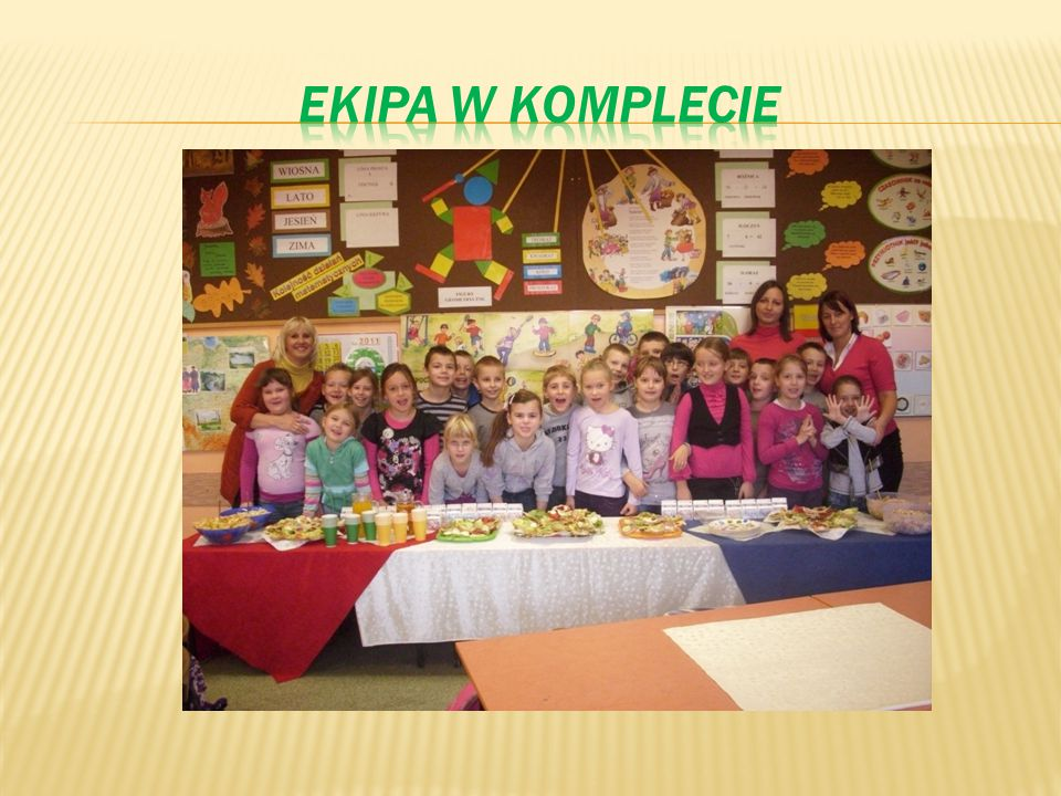 EKIPA W KOMPLECIE