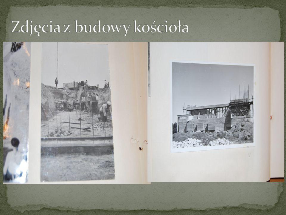 Zdjęcia z budowy kościoła