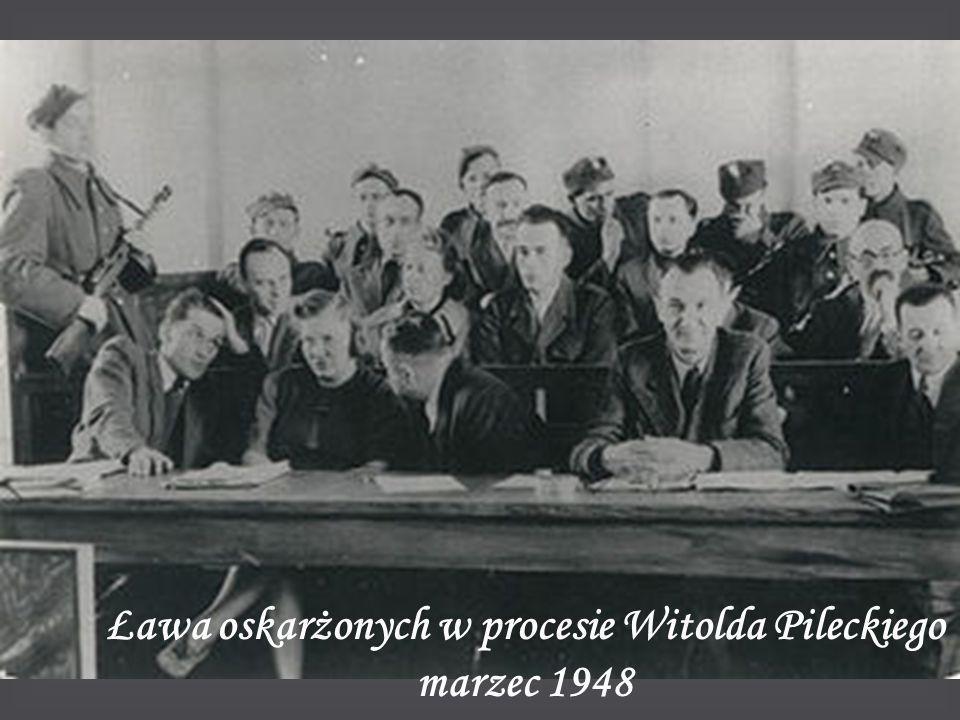 Ława oskarżonych w procesie Witolda Pileckiego marzec 1948