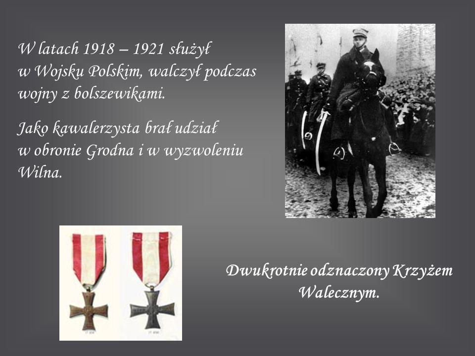 Dwukrotnie odznaczony Krzyżem Walecznym.