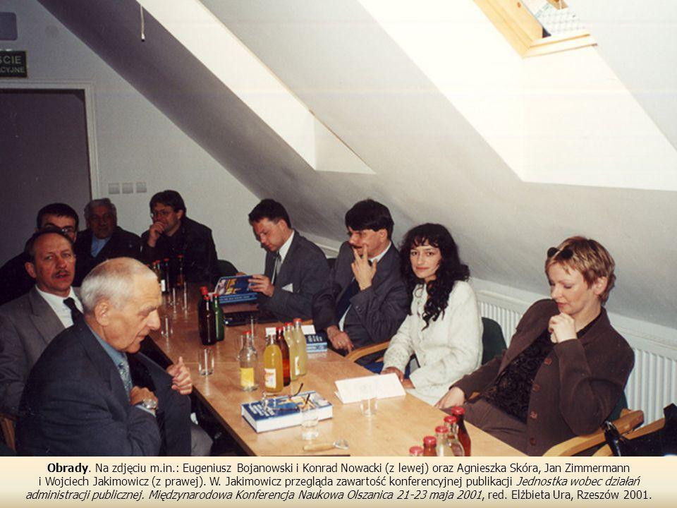 Obrady. Na zdjęciu m.in.: Eugeniusz Bojanowski i Konrad Nowacki (z lewej) oraz Agnieszka Skóra, Jan Zimmermann