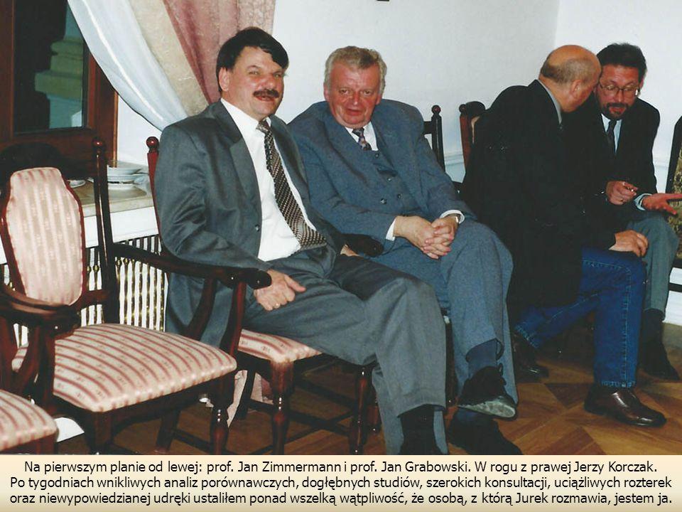 Na pierwszym planie od lewej: prof. Jan Zimmermann i prof
