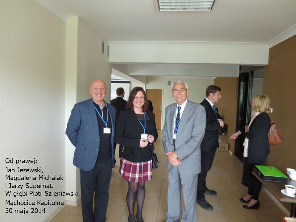 Od prawej: Jan Jeżewski, Magdalena Michalak. i Jerzy Supernat. W głębi Piotr Szreniawski. Mąchocice Kapitulne.