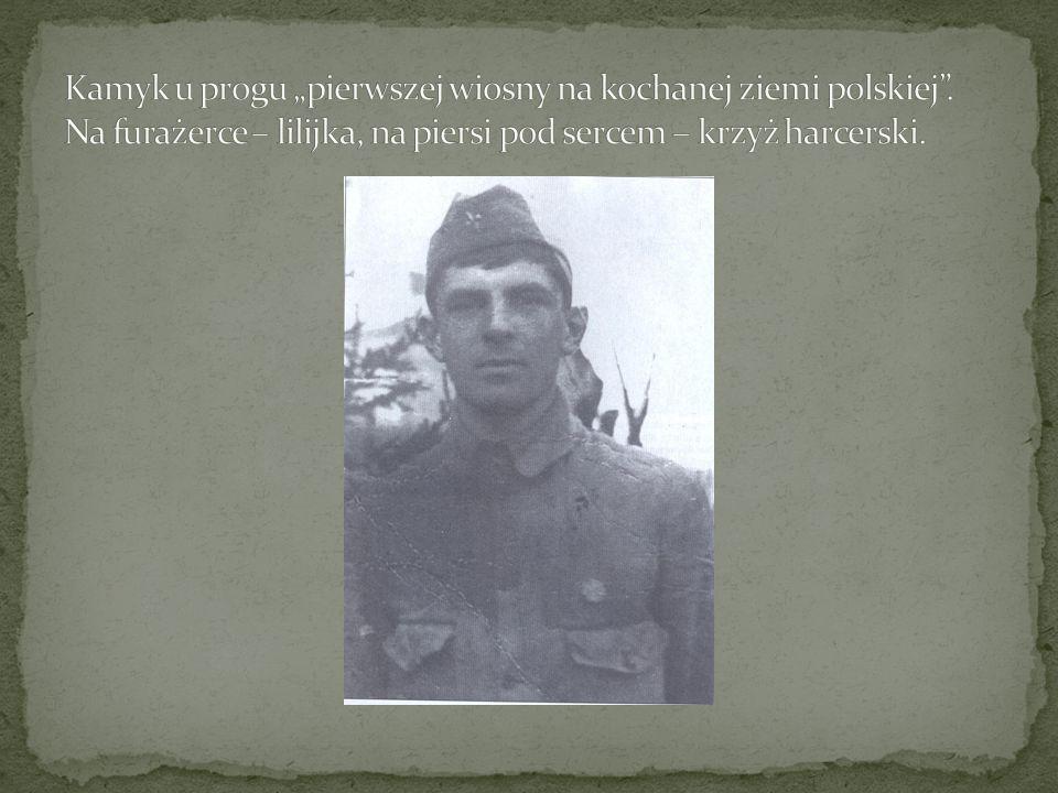"""Kamyk u progu """"pierwszej wiosny na kochanej ziemi polskiej"""