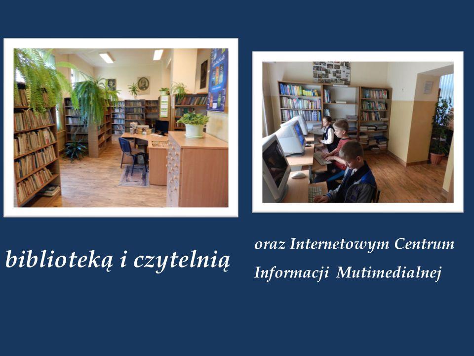 biblioteką i czytelnią