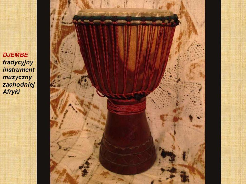 Le djembé est un instrument de percussion africain composé d une pièce de bois en forme de calice recouvert d une peau de chèvre ou d antilope
