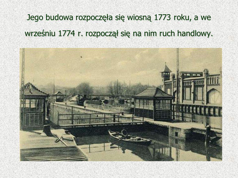 Jego budowa rozpoczęła się wiosną 1773 roku, a we wrześniu 1774 r