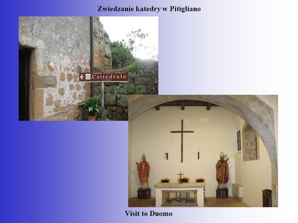 Zwiedzanie katedry w Pitigliano
