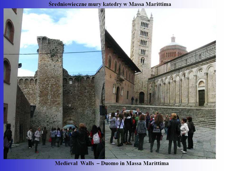 Średniowieczne mury katedry w Massa Marittima