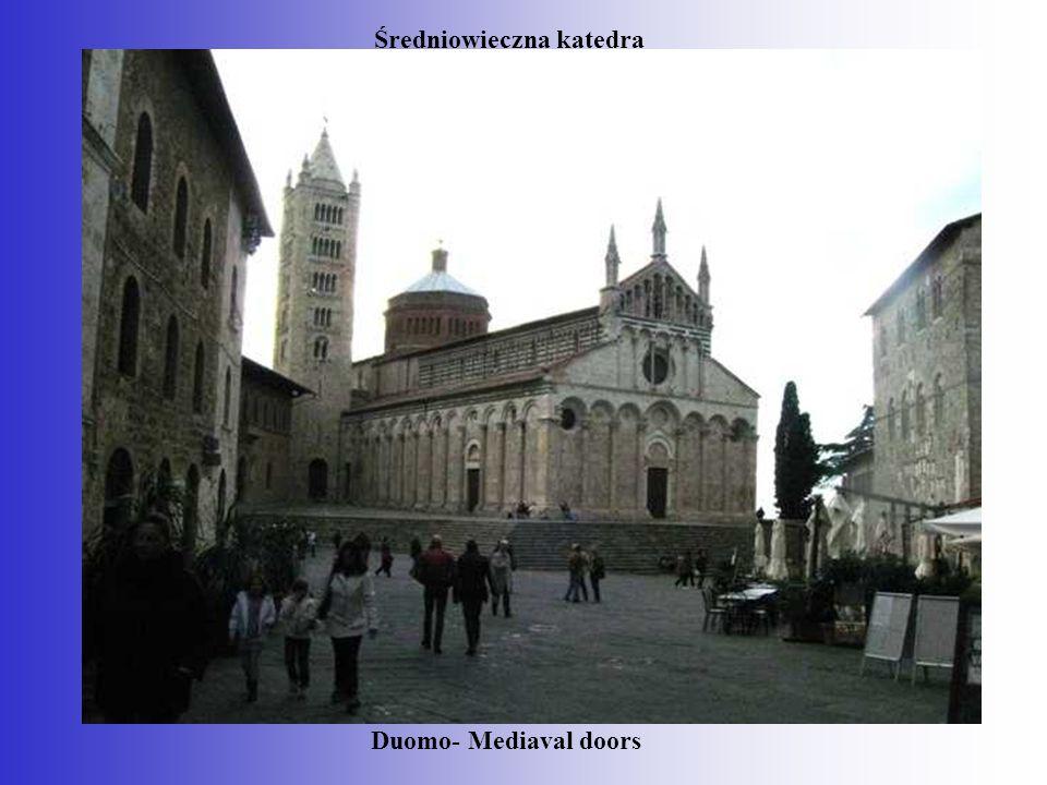 Średniowieczna katedra