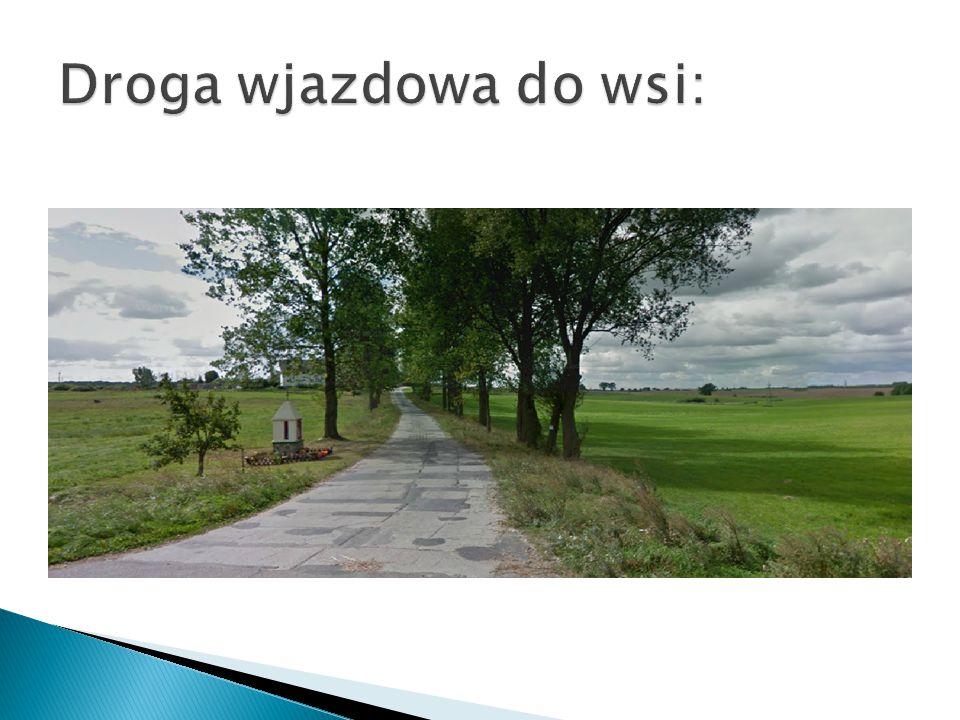Droga wjazdowa do wsi: