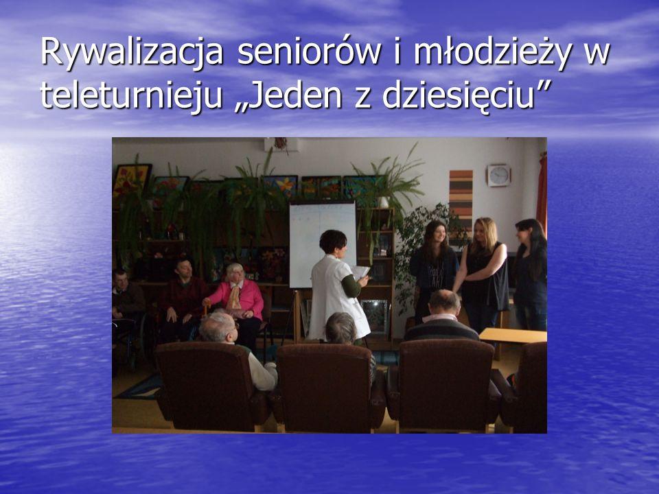 """Rywalizacja seniorów i młodzieży w teleturnieju """"Jeden z dziesięciu"""