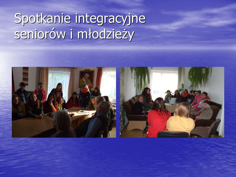 Spotkanie integracyjne seniorów i młodzieży