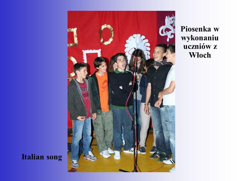 Piosenka w wykonaniu uczniów z Włoch