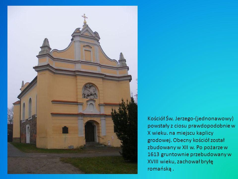 Kościół Św. Jerzego-(jednonawowy) powstały z ciosu prawdopodobnie w X wieku.