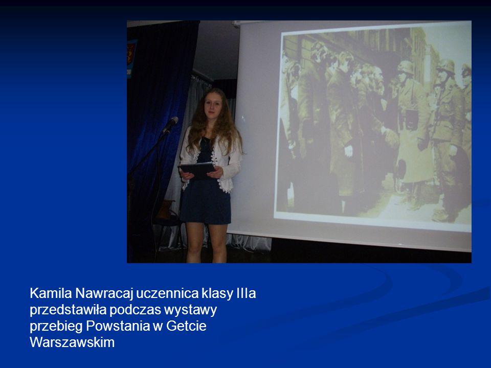 Kamila Nawracaj uczennica klasy IIIa przedstawiła podczas wystawy